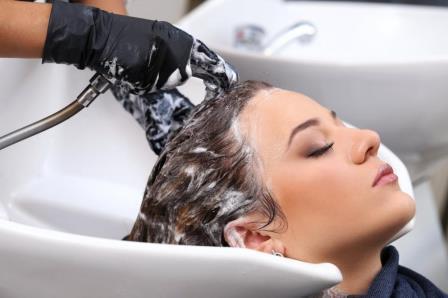 Если вы чувствуйте , что волосы нужно мыть каждый день, не бойтесь этого делать.